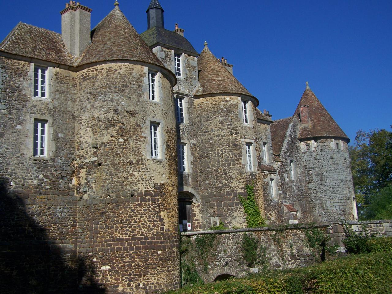 chateau de ratilly puisaye